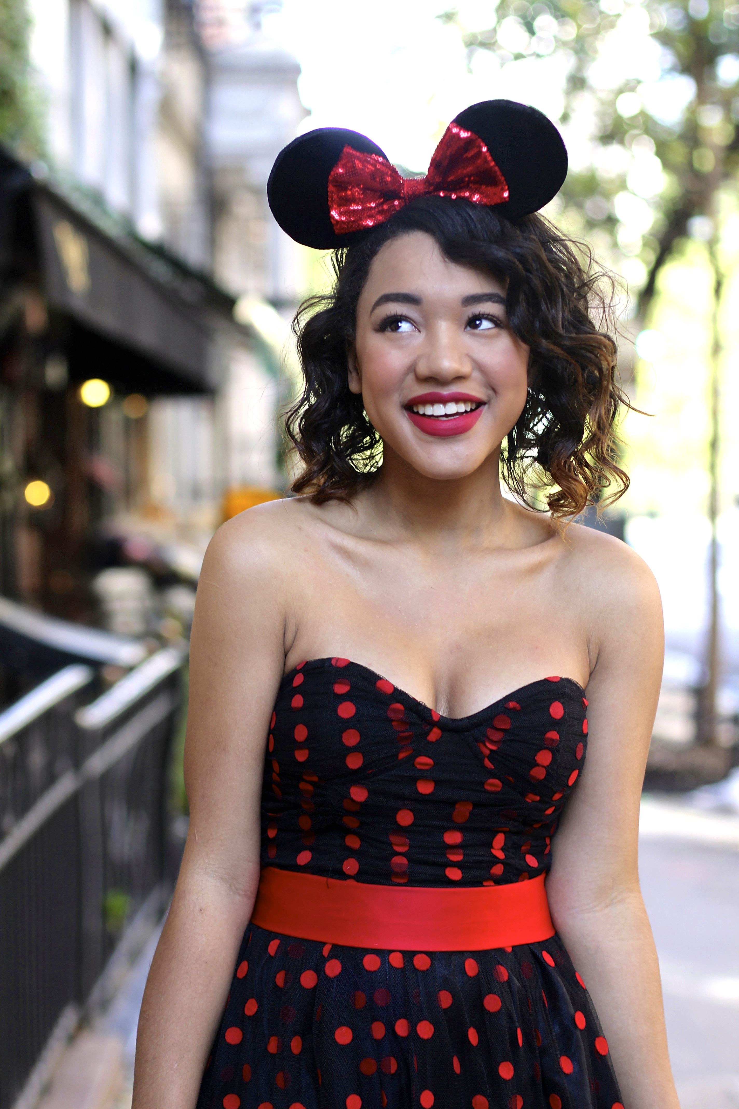 Easy do it yourself minnie mouse halloween costume via easy do it yourself minnie mouse halloween costume via colormecourtney solutioingenieria Image collections