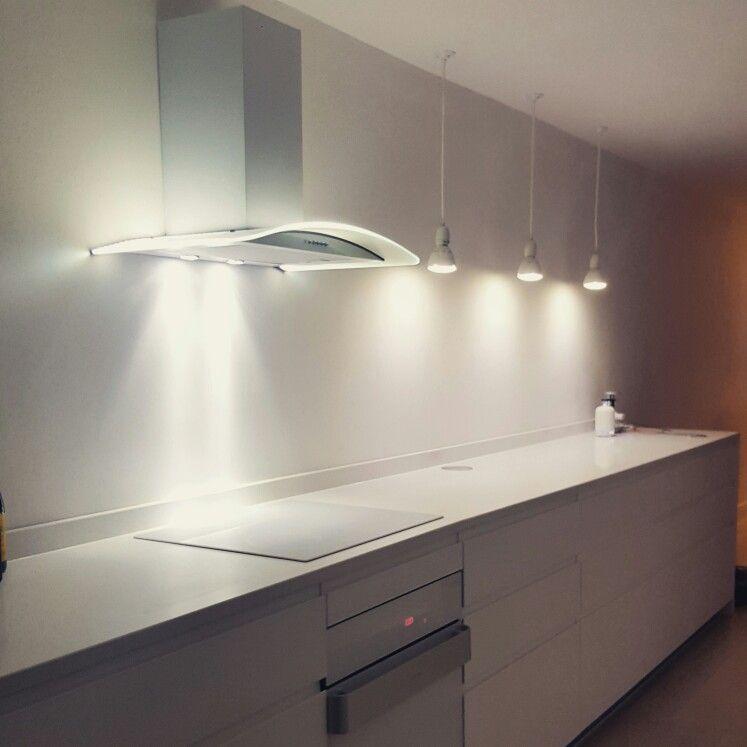 Ikea Voxtorp kitchen, white quartz countertops | Küche | Pinterest ... | {Vorratsschrank küche ikea 50}