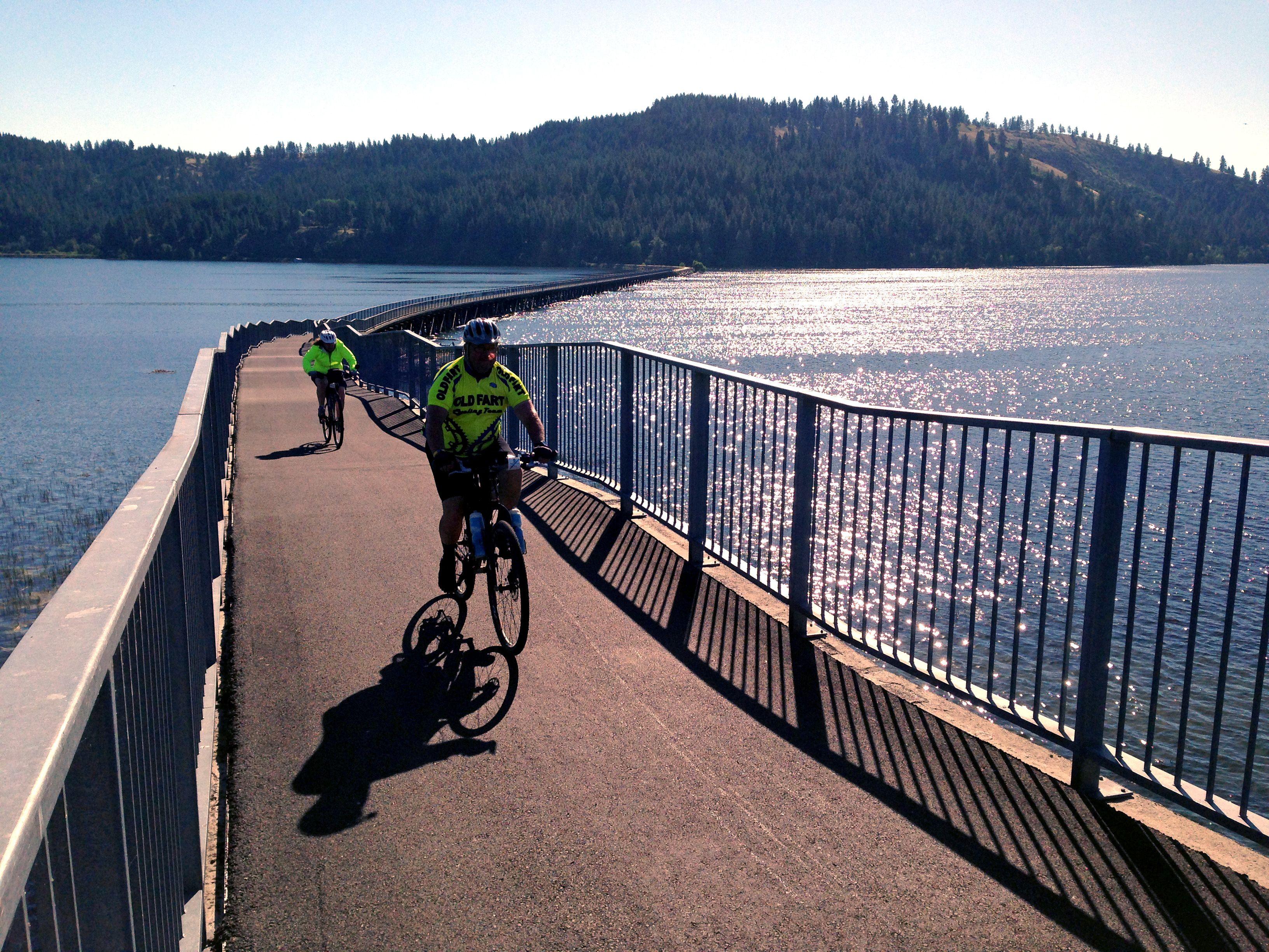 Bike Tourists Crossing The 3 100 Foot Chatcolet Bridge Over Coeur