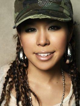 Japanese singer Ai Uemura   Ai 歌手, 女性, 芸能人