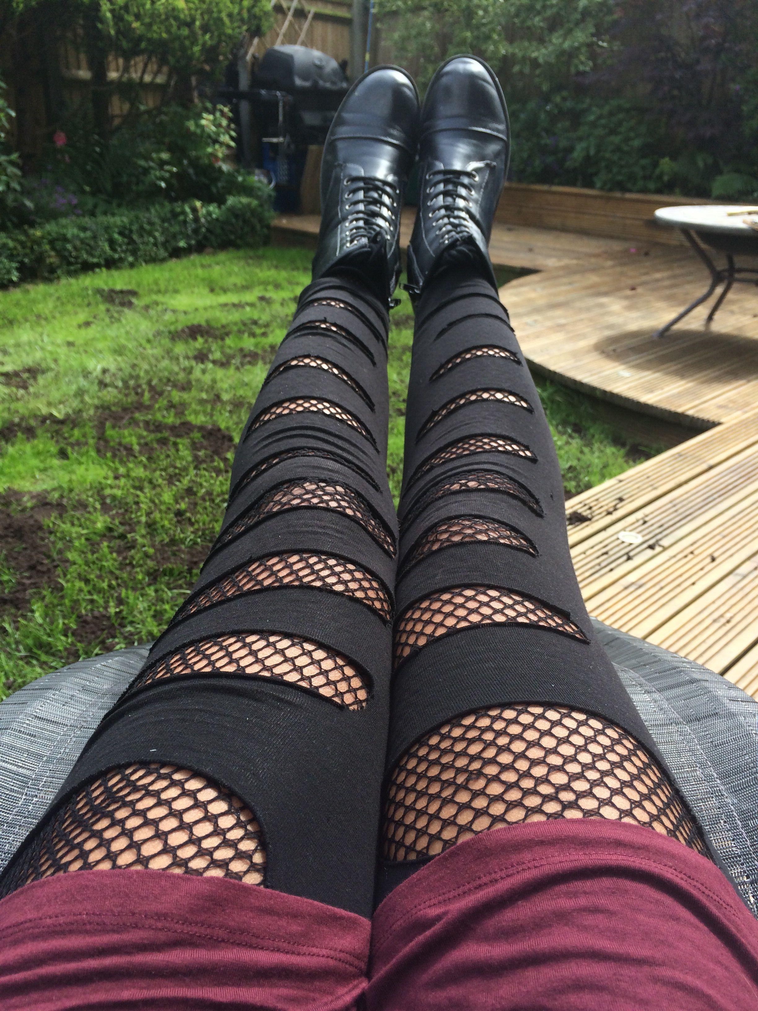 Leggings kombinieren 2019: Diese Oberteile und Schuhe passen perfekt! #rockermode