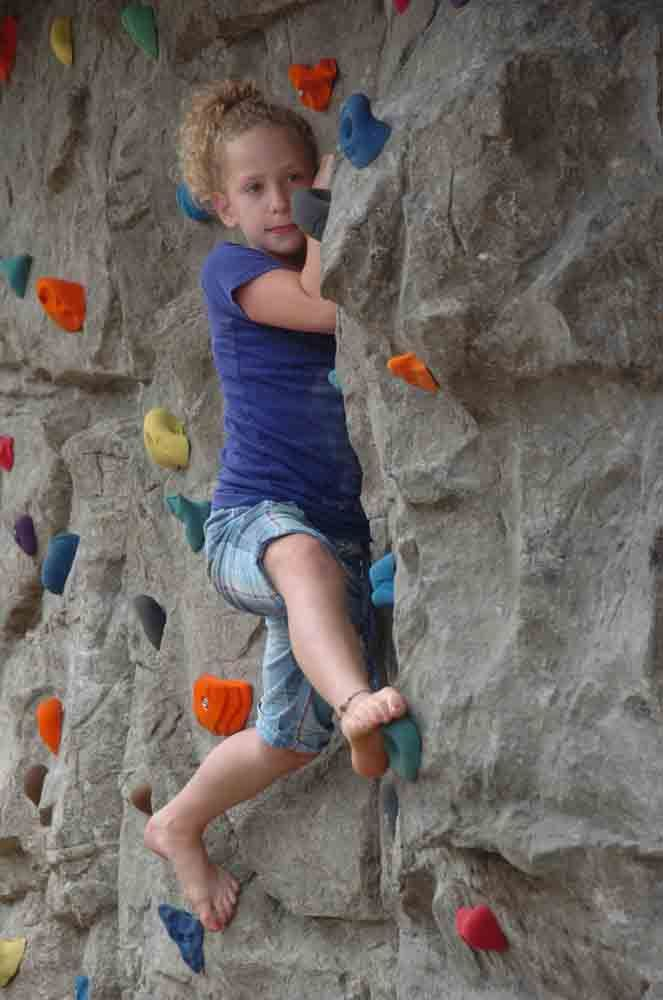rock climbing panels for exterior wall of kids playhouse backyard ideas pinterest. Black Bedroom Furniture Sets. Home Design Ideas