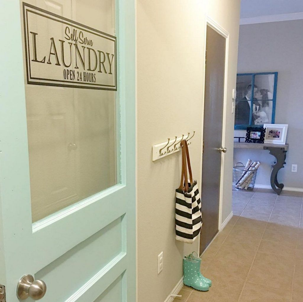 19 Laundry Rooms That Have Loads Of Style Laundry Room Doors