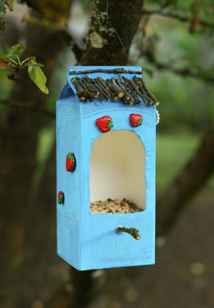 Recycling basteln, Vogelfutterhaus bauen, Müll reduzieren-42 kreative Ideen