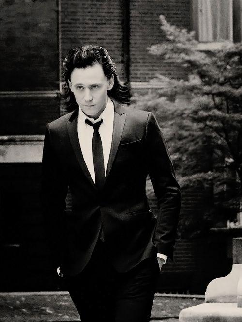 Classy With The Long Black Hair Tom Hiddleston Loki Loki Laufeyson