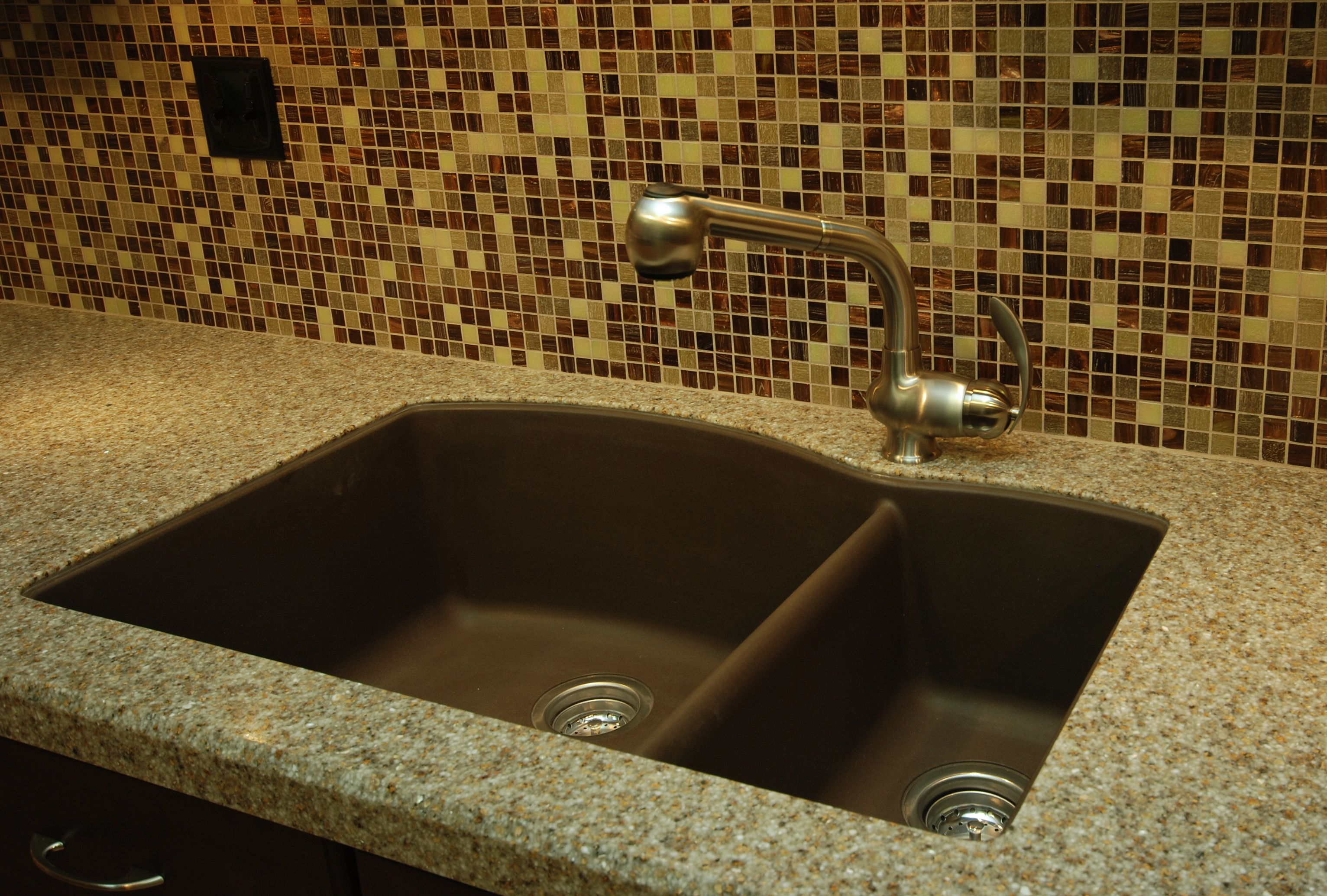 Undermount Granite Composite Sink.