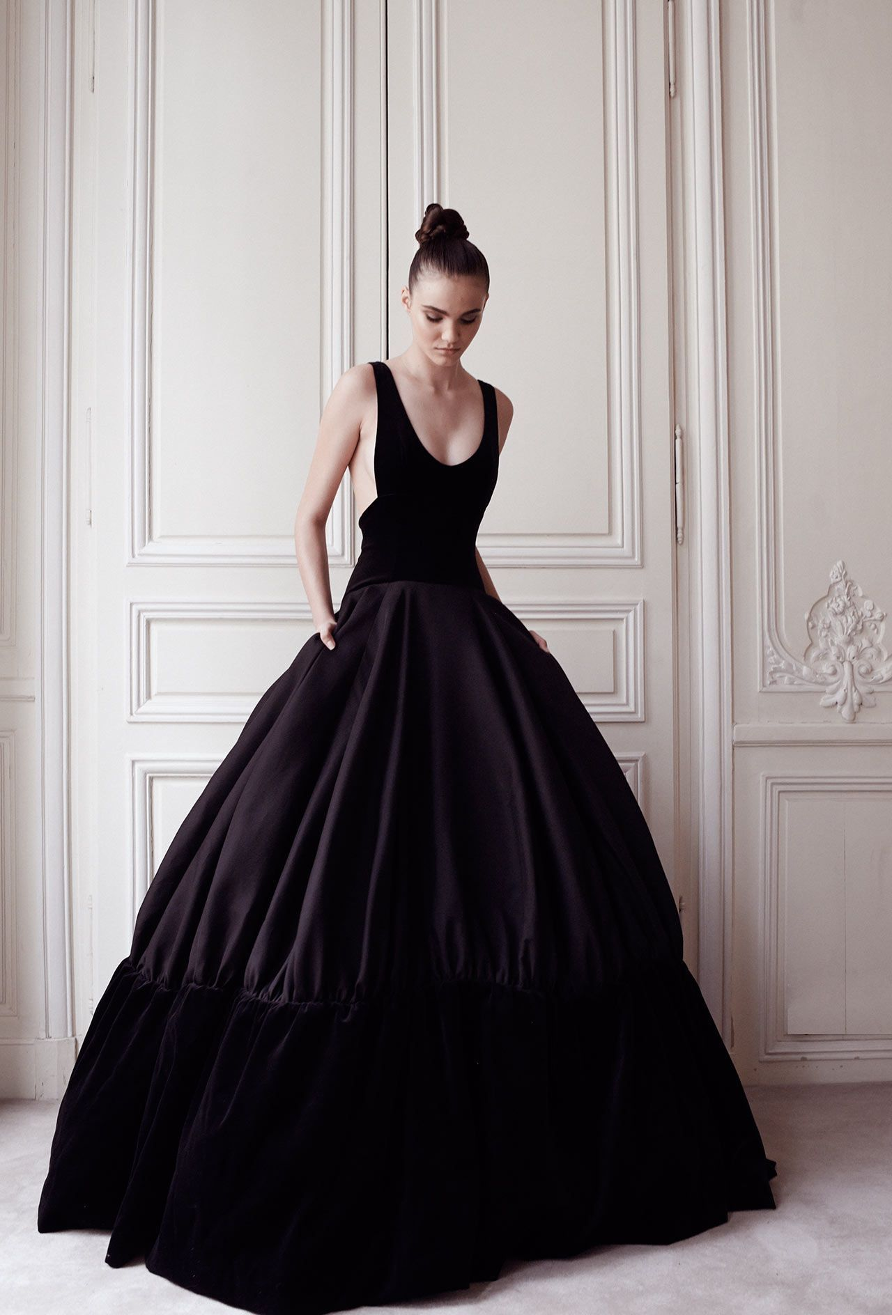 "Delphine Manivet - Wedding dress designer Paris : ""Tulipe"" dress with straps"