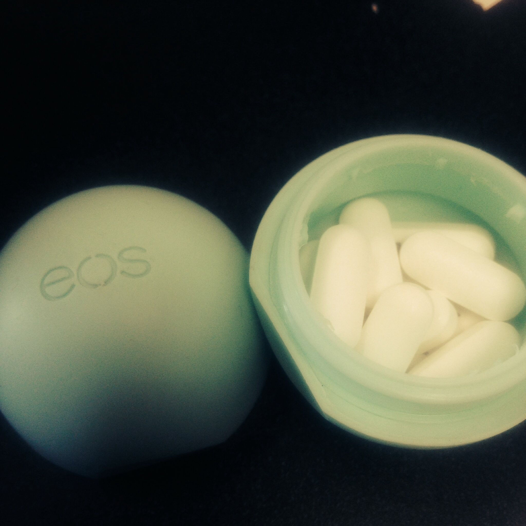 Balm christmas gift turn old eos containers into cool crafts ideas - Re Use Eos Lip Balm Container For Pill Holder