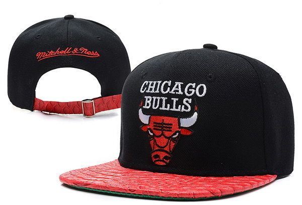 NBA Chicago Bulls Mitchell And Ness Strapback Hats Brim snakeskin Reds  Black 883! Only  8.90USD 54badcd0913