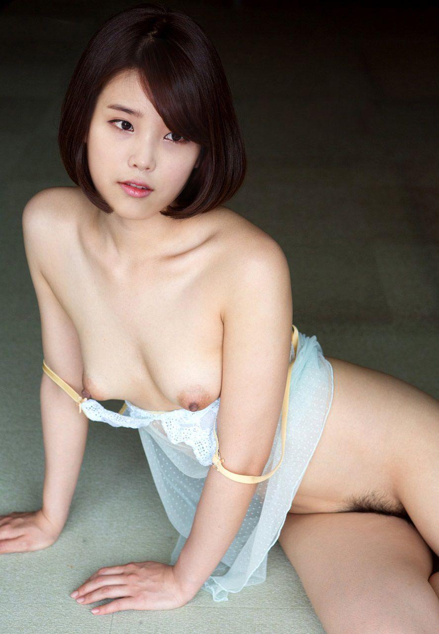 kim-ah-joong-naked-pic