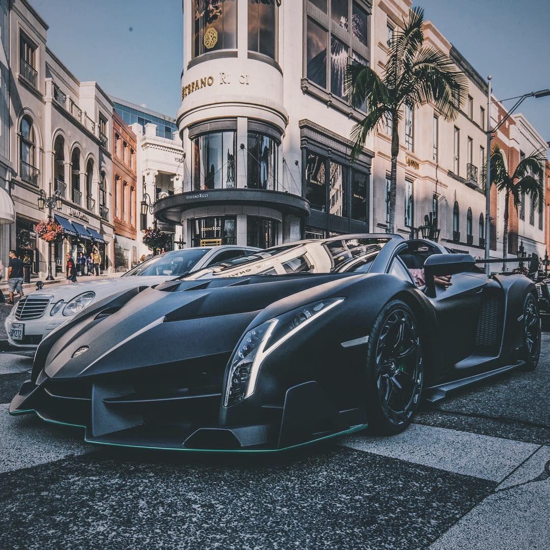 A 4 5 Million Lamborghini Veneno Hit The Streets Of L A