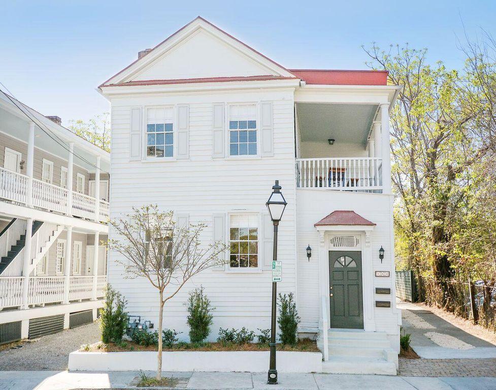 153 Spring St Charleston Sc 29403 Mls 18030651 Zillow Charleston Vacation Rentals House Rental Charleston Vacation