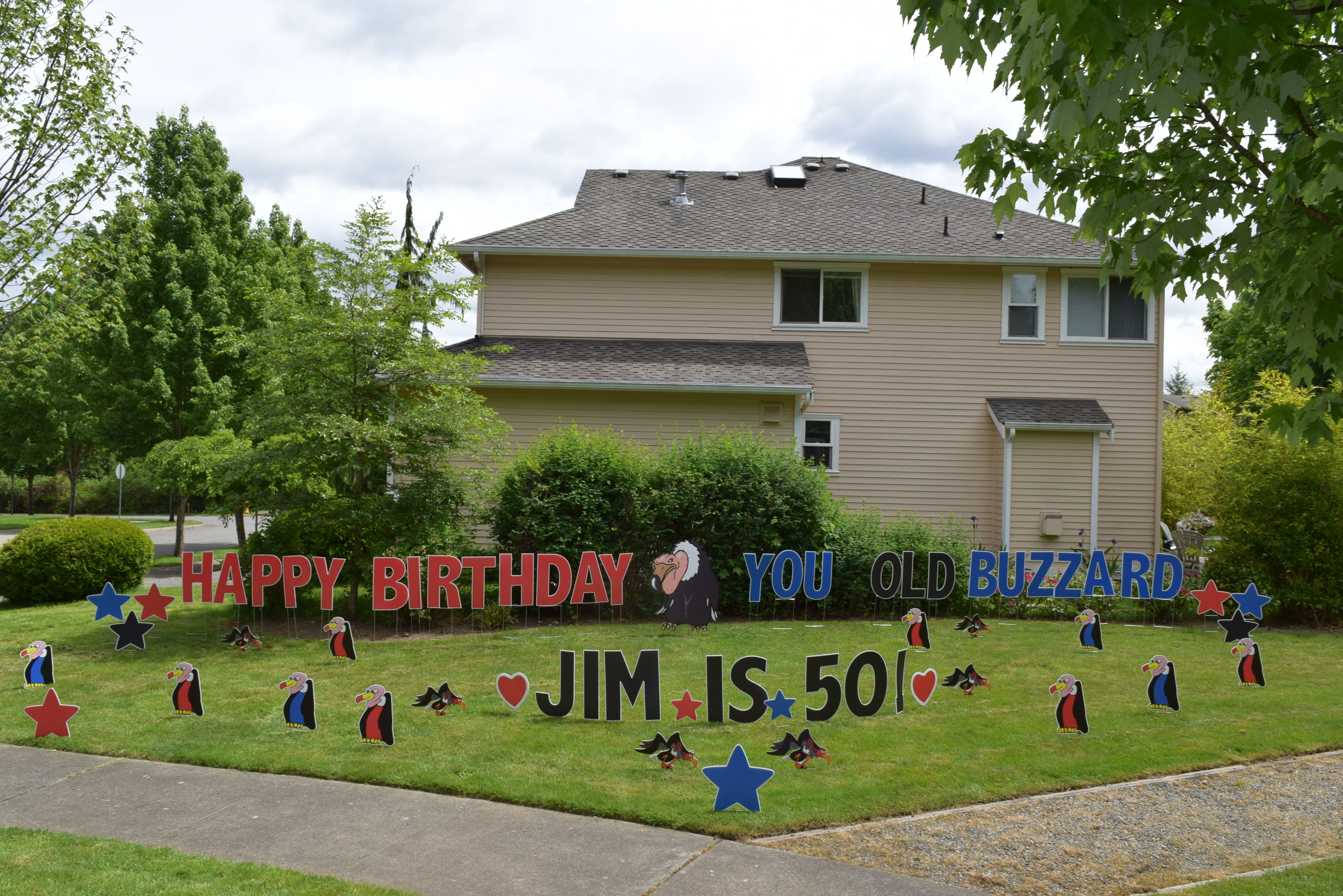 Here S A Fun Surprise Gift For A Milestone 40th Birthday Or 50th Birthday A Humorous B Happy Birthday Yard Signs Birthday Yard Signs Birthday Yard Signs Lawn