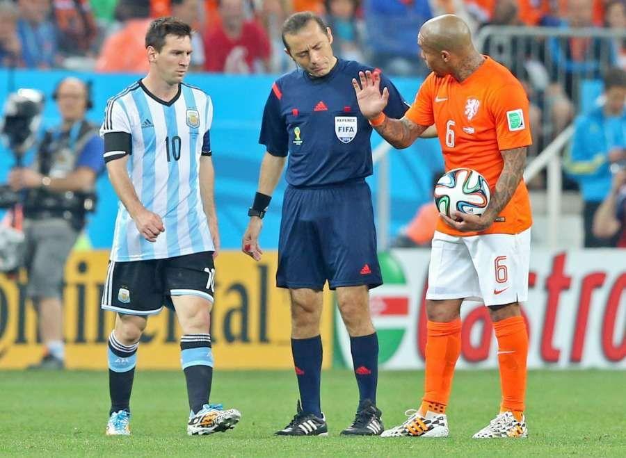 Holanda Contra Argentina 2 4 Final Mundial De Futbol Fútbol Holanda