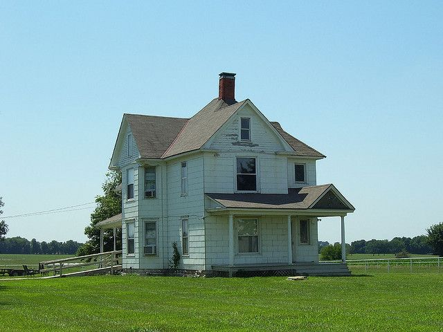 Kansas Farm House Abandoned Farm Houses Old Farm Houses Farmhouse Master Bedroom