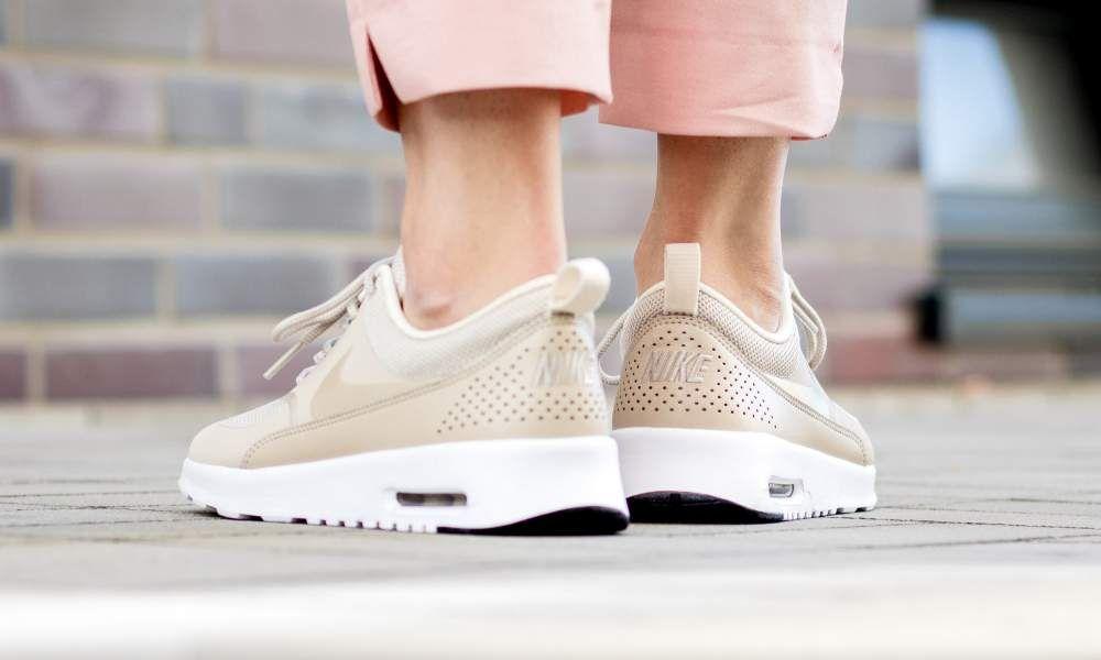 Nike WMNS Air Max Thea (rosa) 43einhalb Sneaker Store