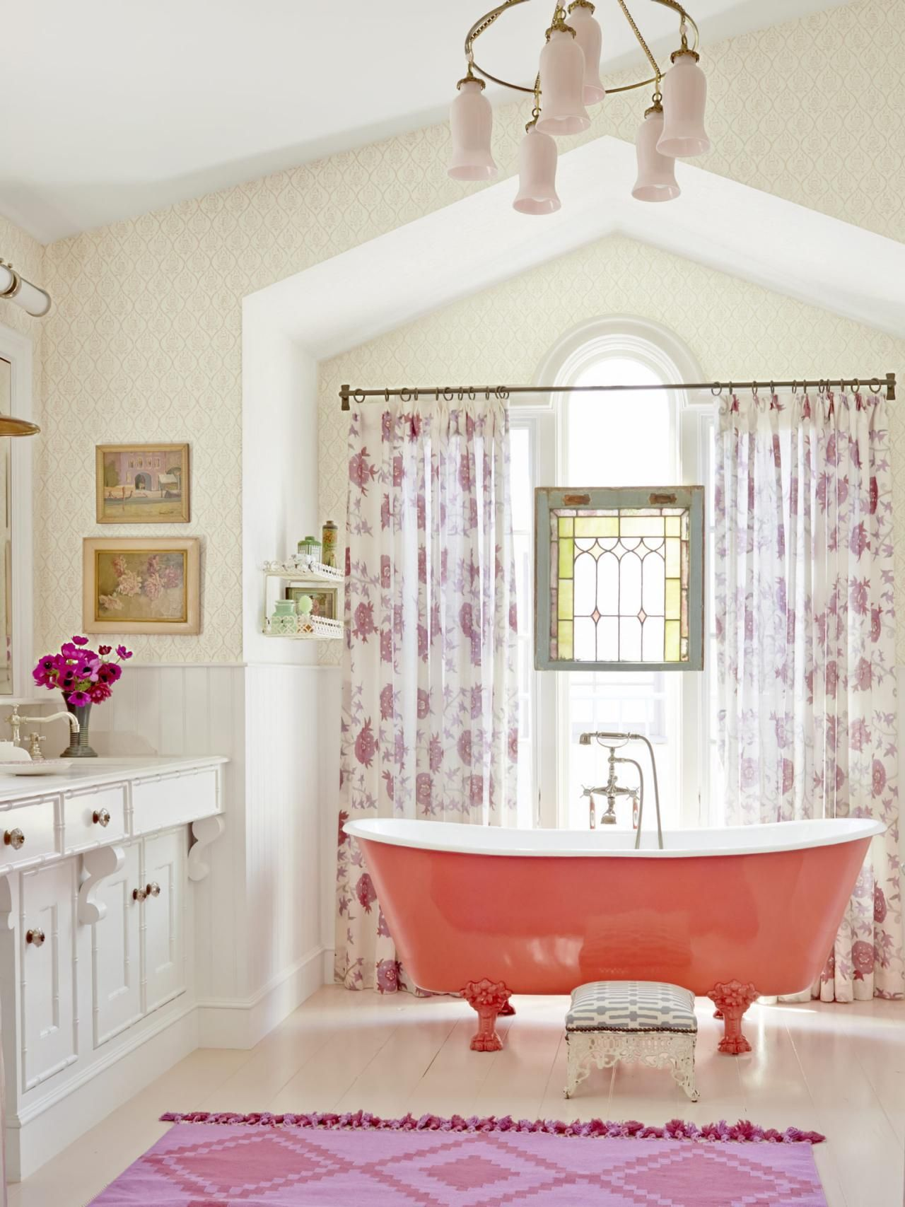 Eclectic and Colorful Decorating Ideas | HGTV