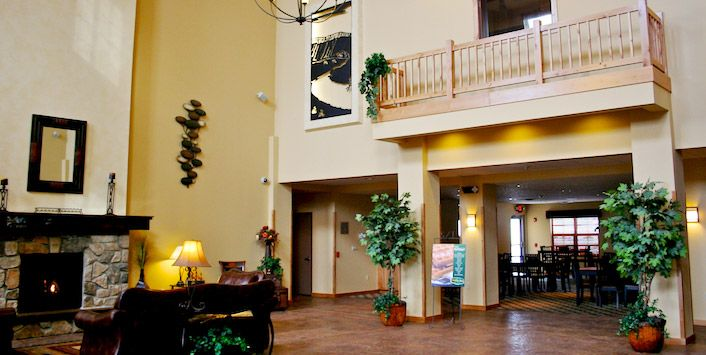 Lobby At Settle Inn Suites In Fargo Nd Hotel Red Lion Hotel