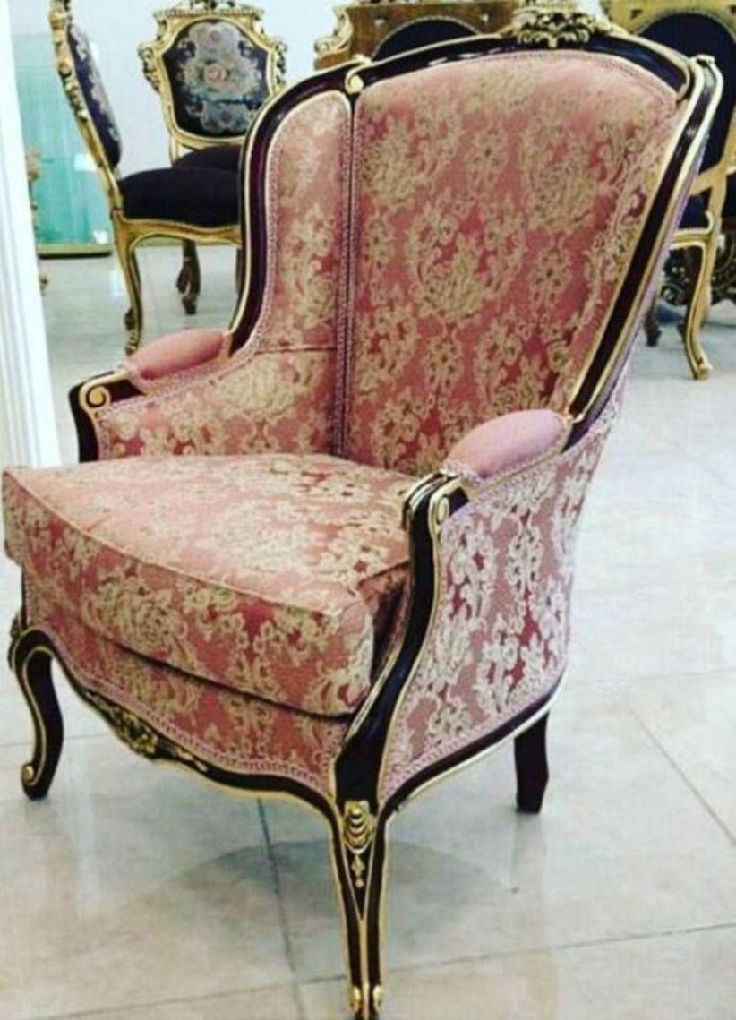 44 Wonderful Single Sofa Chairs Design Ideas For Classic Home