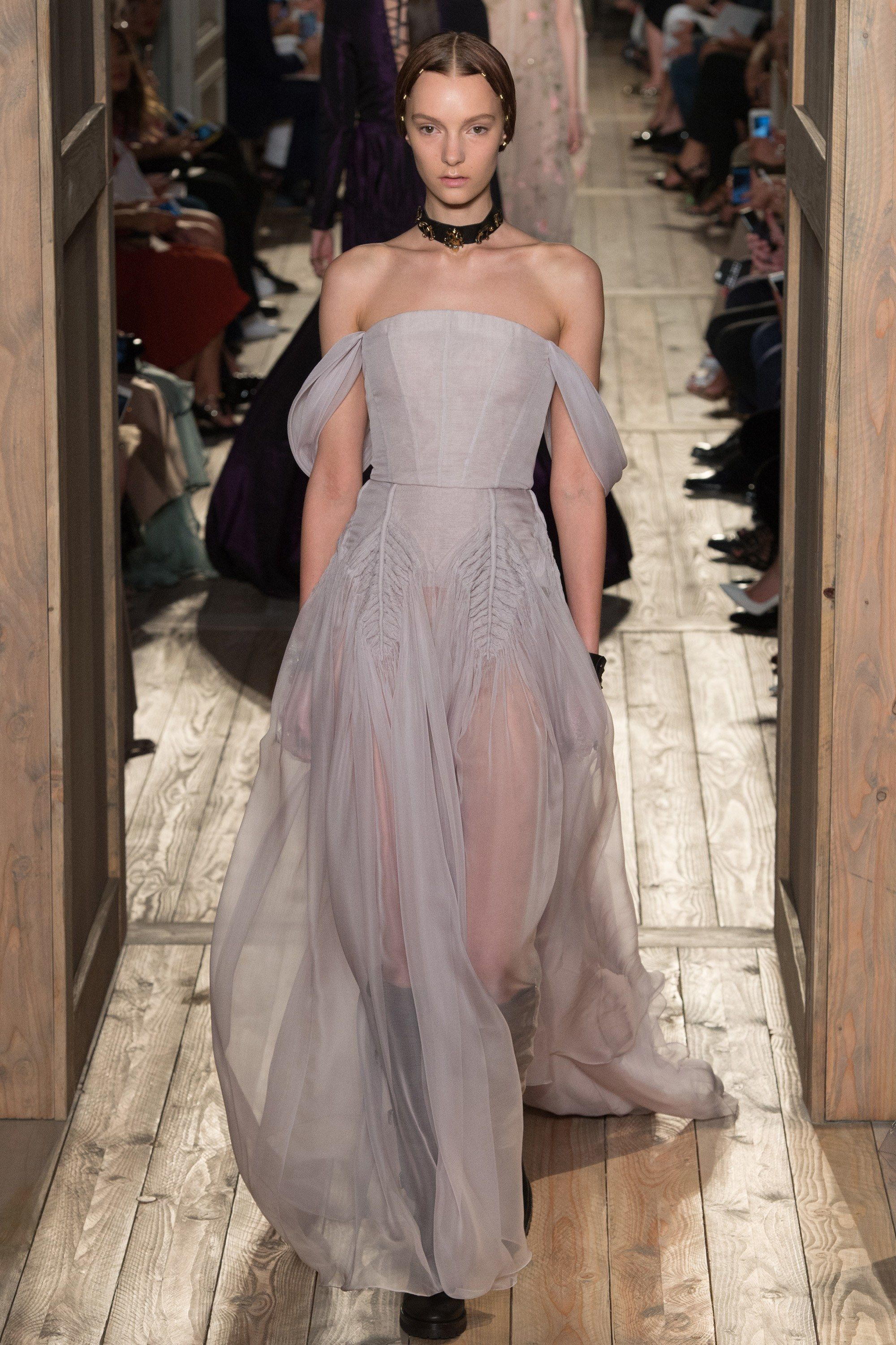 Valentino Fall 2016 Couture Fashion Show - Irina Liss (Supreme)