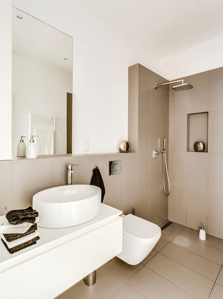 Badezimmer Fliesen Mit Badezimmer Fliesen Luxus Cappuccino Fliesen Und  Weiße Farbe Im Kleinen Bad