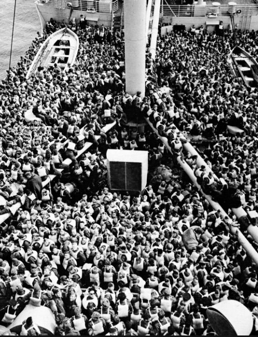 Queen Mary Engine Room: 1945- When Soldiers Are Jammed Onto The Queen Mary Ship To