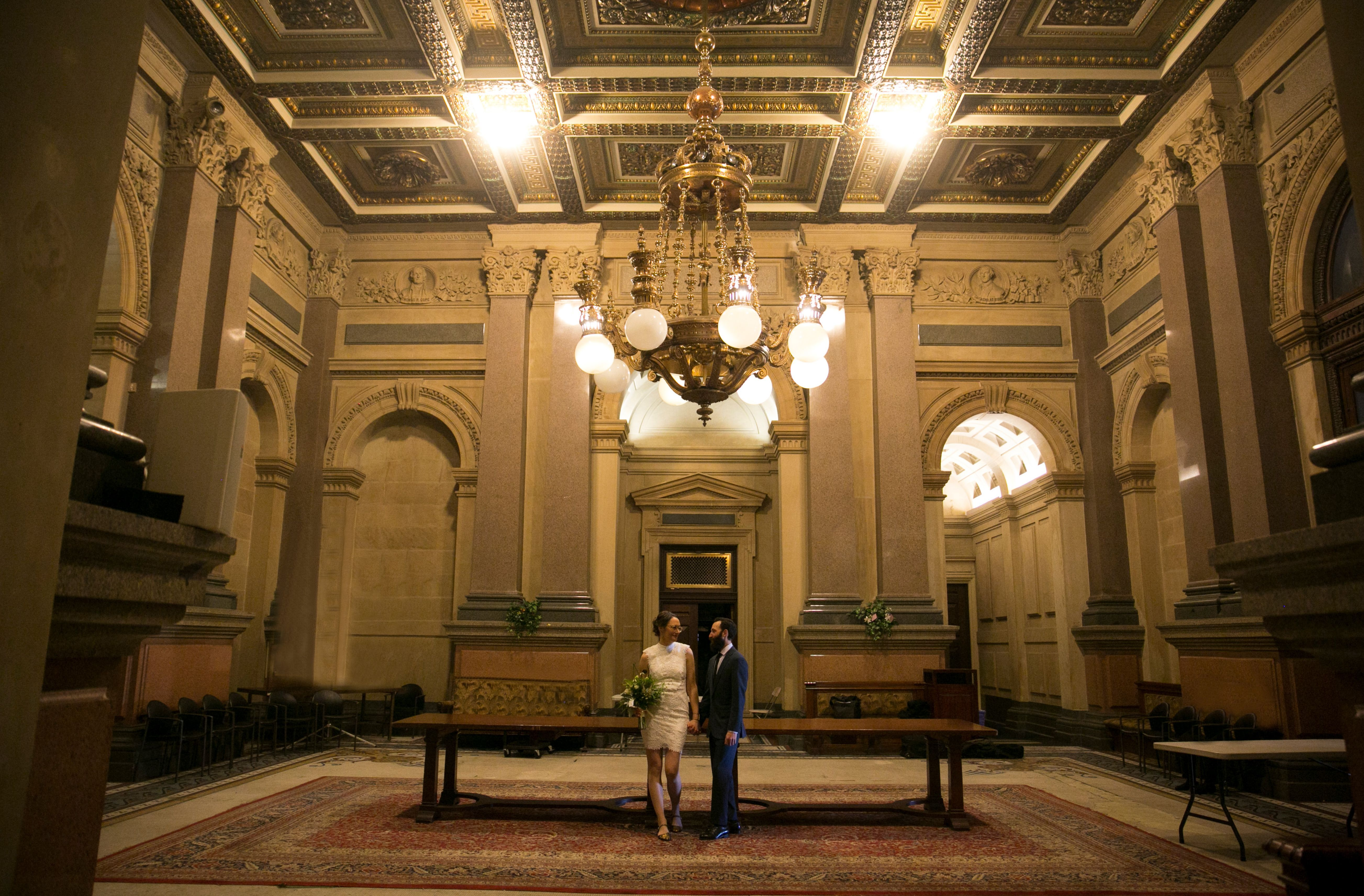 This Winter Philadelphia City Hall Elopement Was Delightful