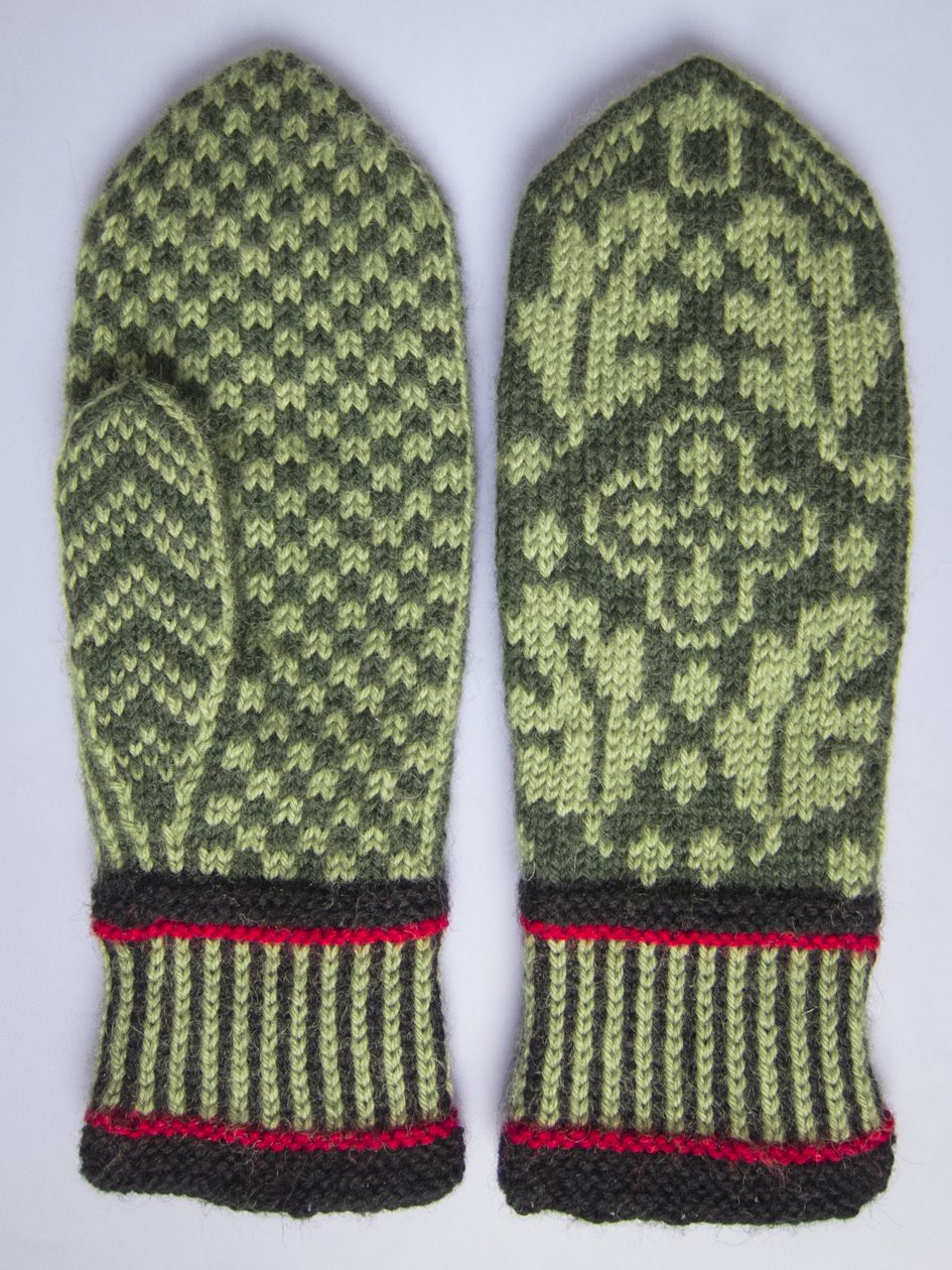 Gorgeous Norwegian mittens | Knitted Heritage | Pinterest | Mittens ...