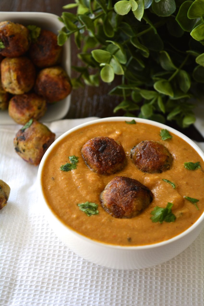 Plantain Koftas in a Fijian Indian curry from Yes, I am Vegan