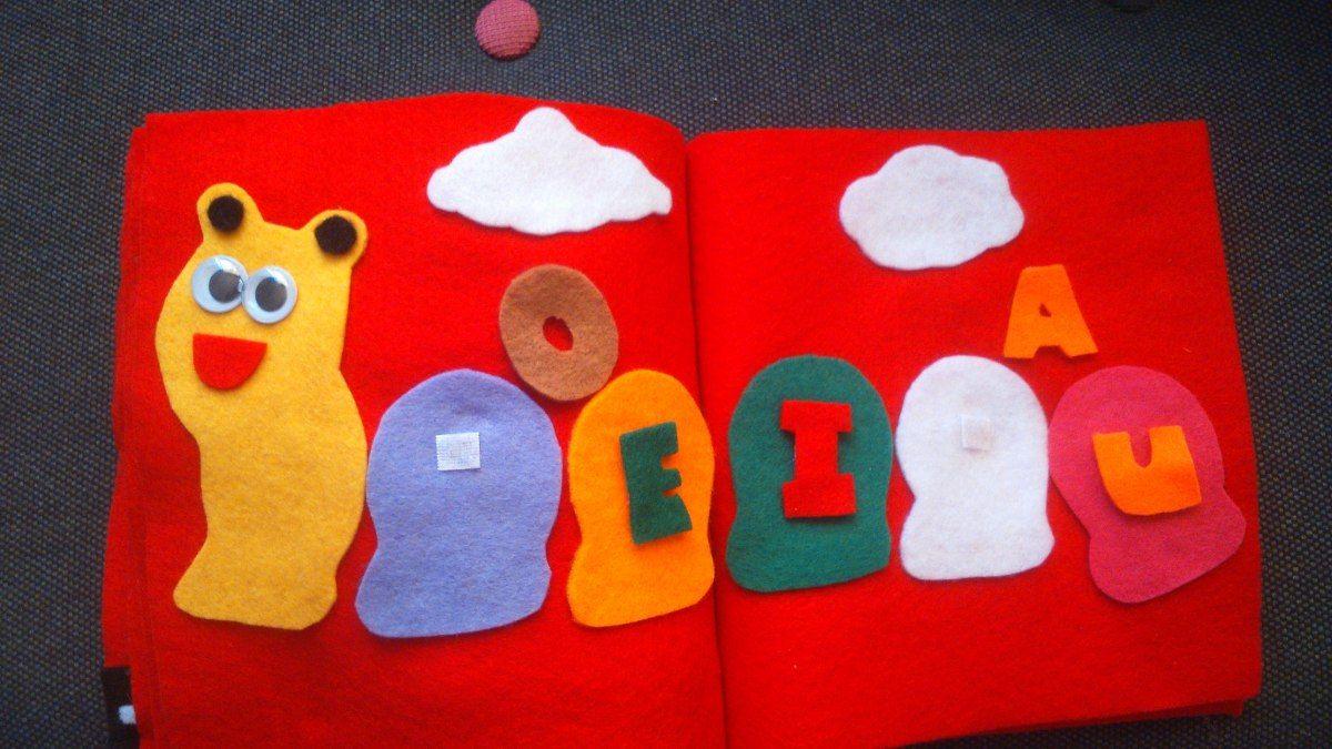 Los libros sensoriales son un juguete educativo perfecto para que ...