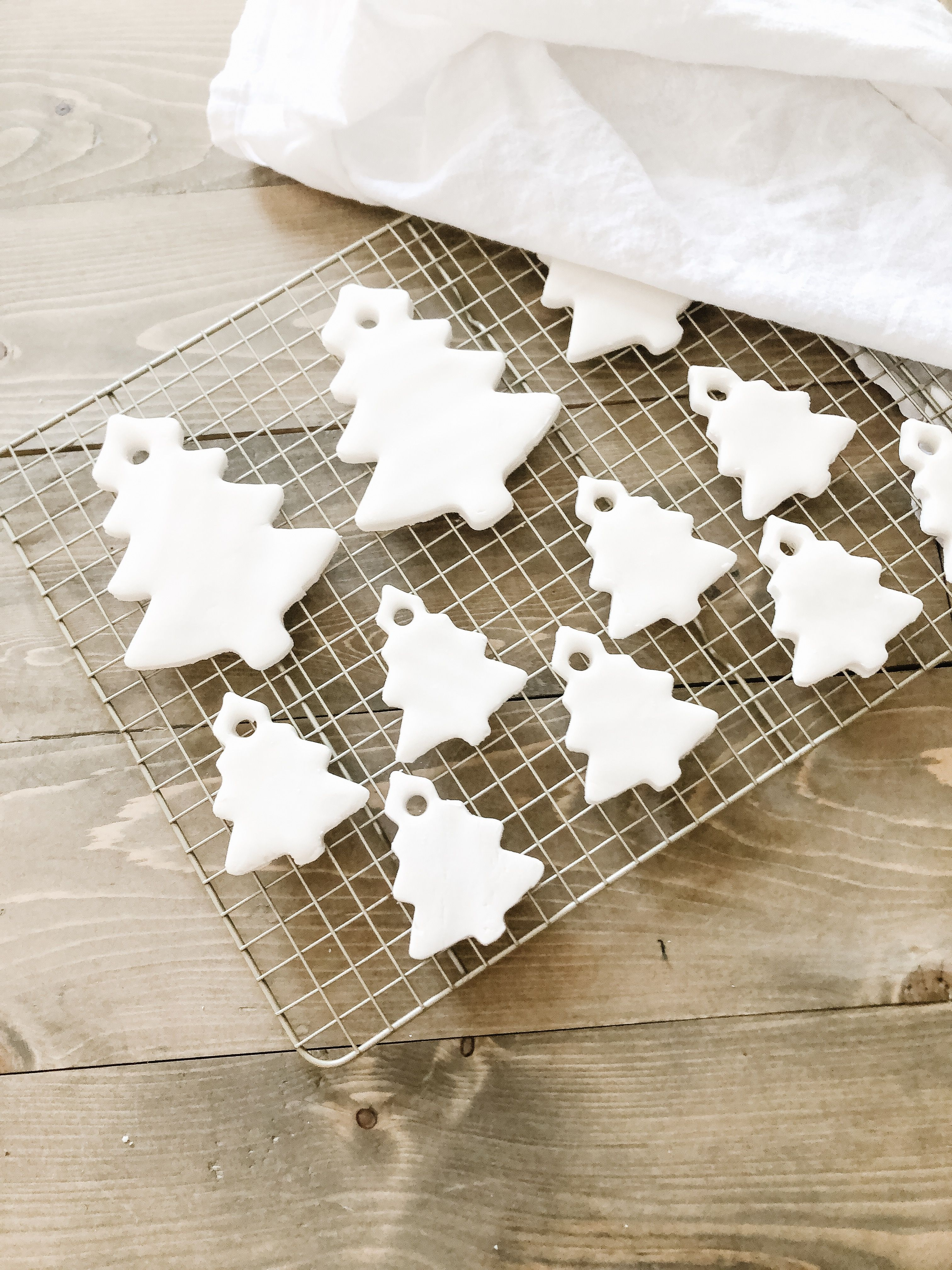 Cornstarch Clay Christmas Ornaments Breakfast At Kellie S Recipe Christmas Decorations Diy For Kids Cornstarch Clay Diy Christmas Ornaments