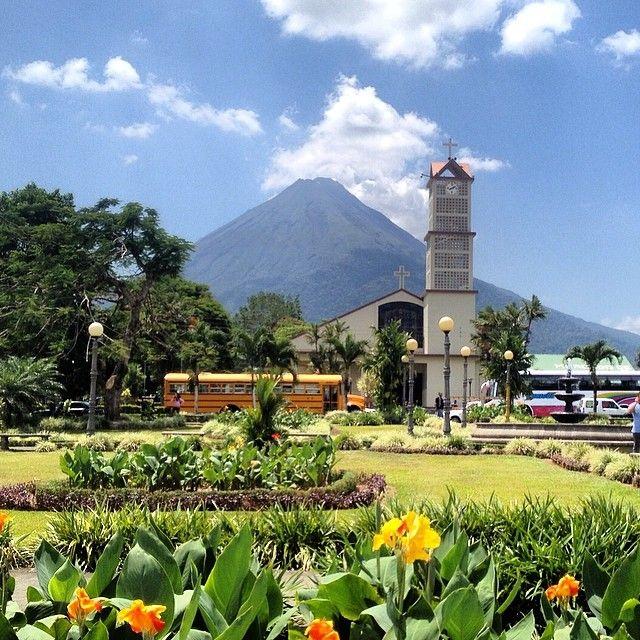 #volcan #Arenal #fortuna #costarica #tico #puravida #centroamerica #voltaalmon #vueltaalmundo #travel #viajar