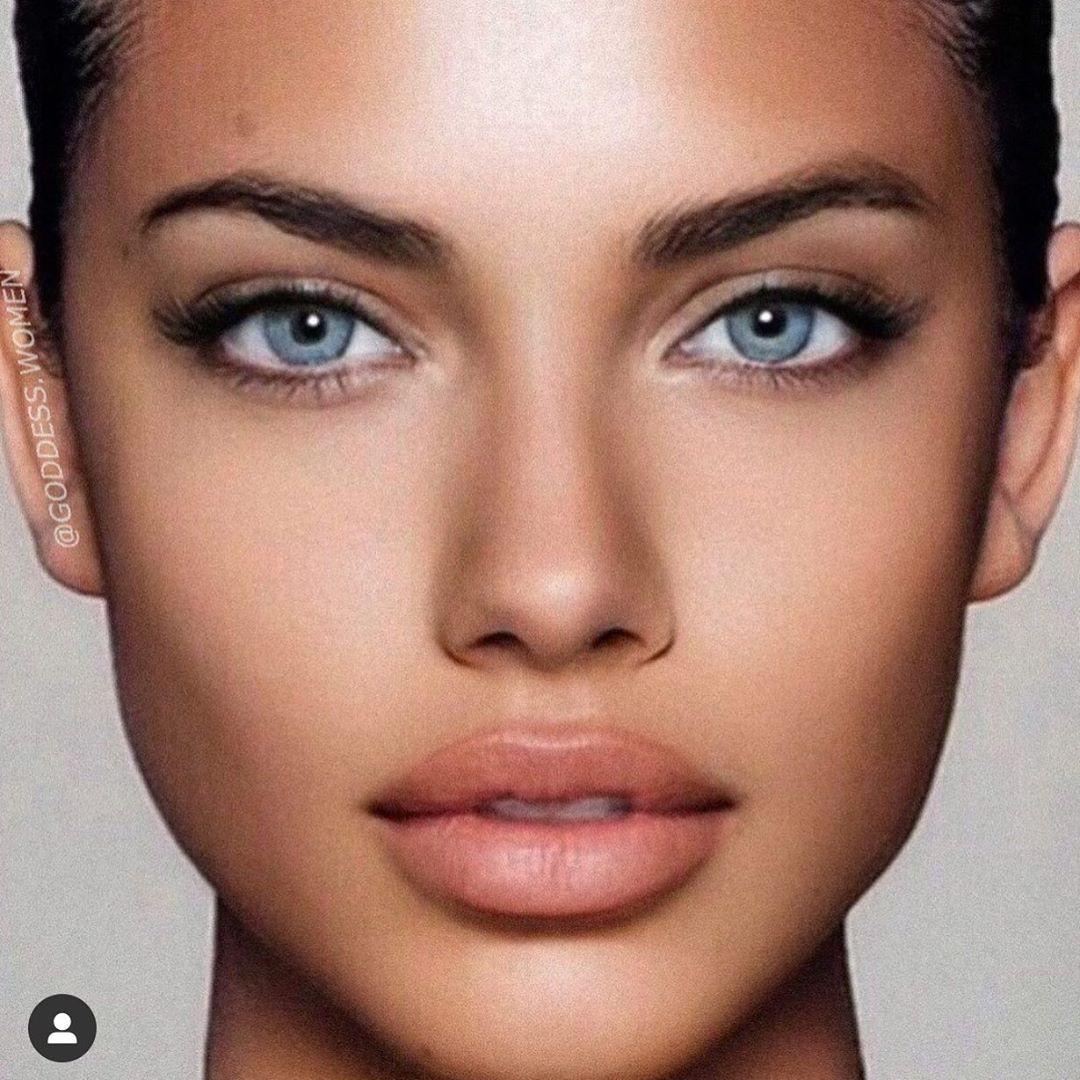 Adriana luxury girl