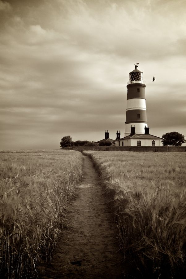 Happisburgh Lighthouse by Dave Angood, via 500px