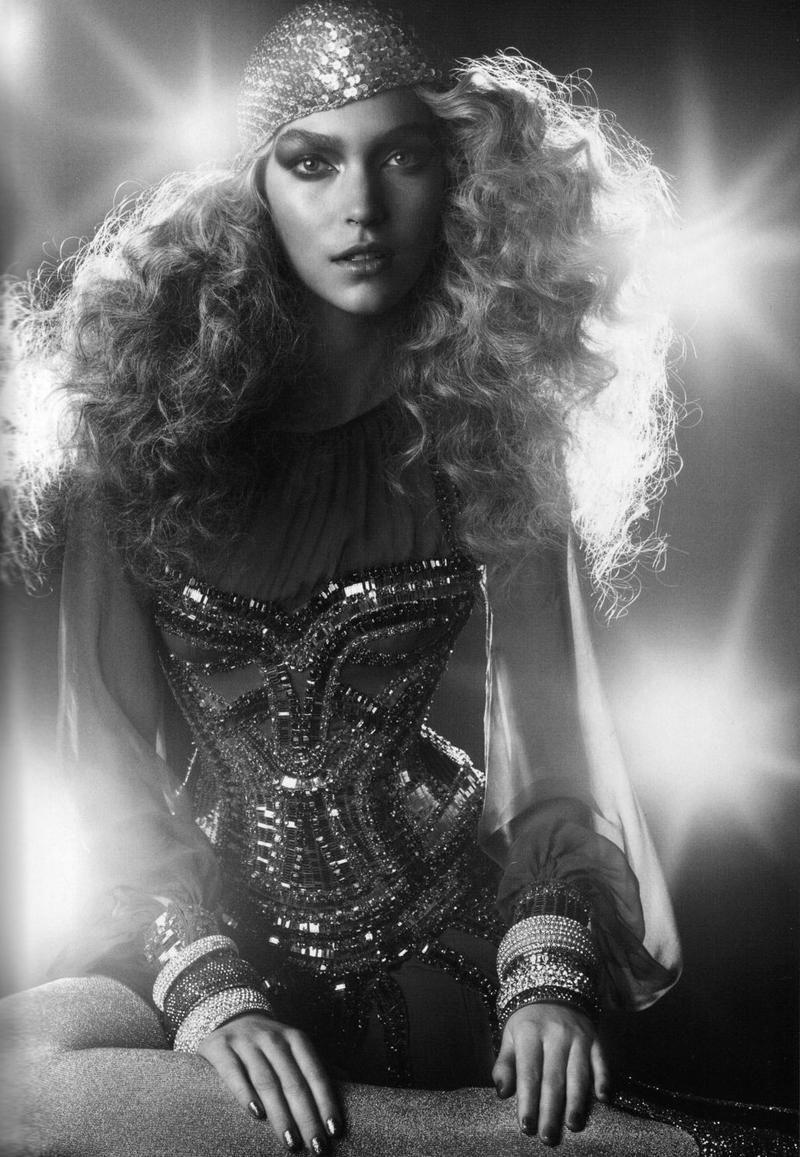 British Vogue - Let's Dance - June 2011 - Arizona Muse