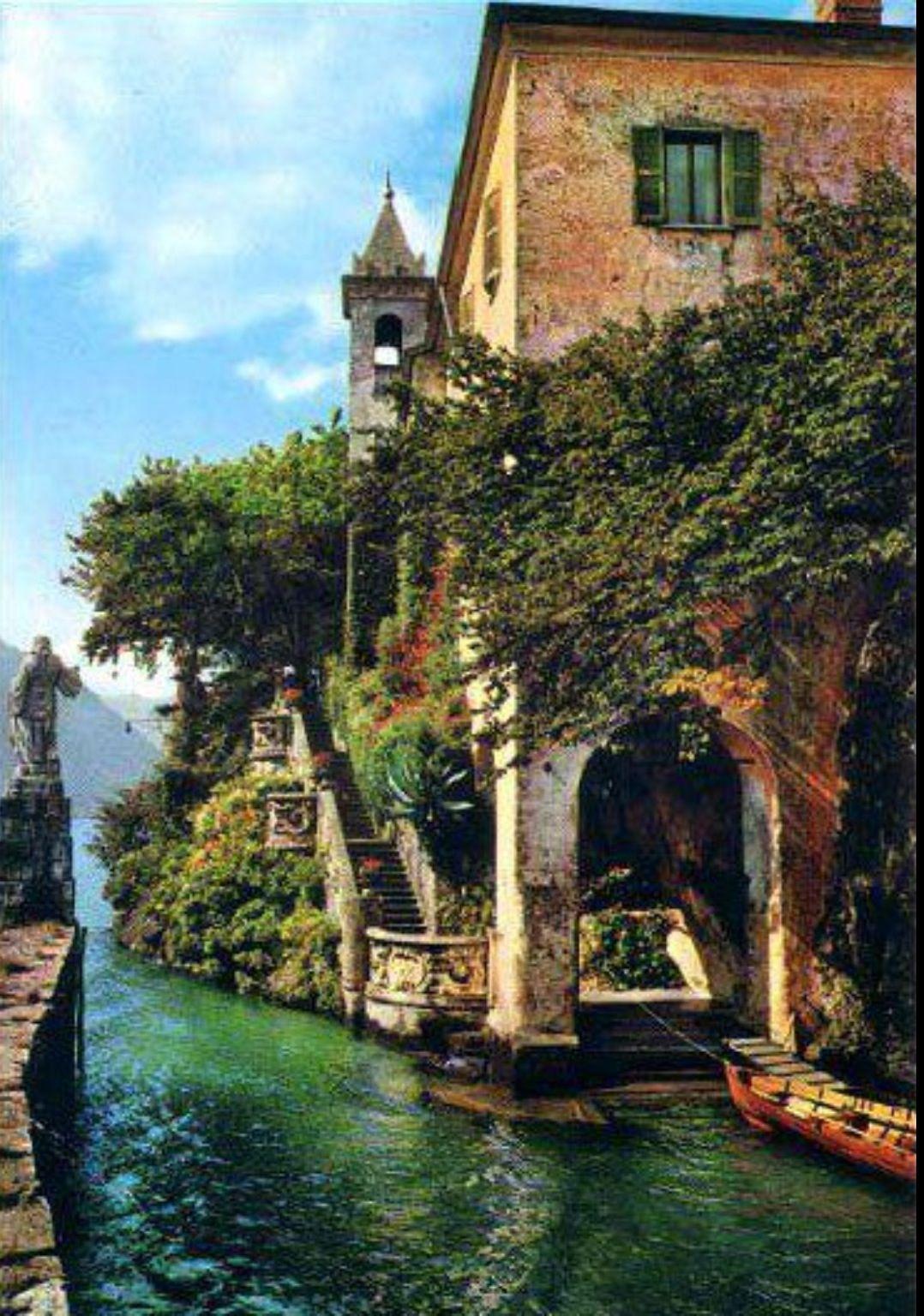 Picturesque Lake Como Switzerland