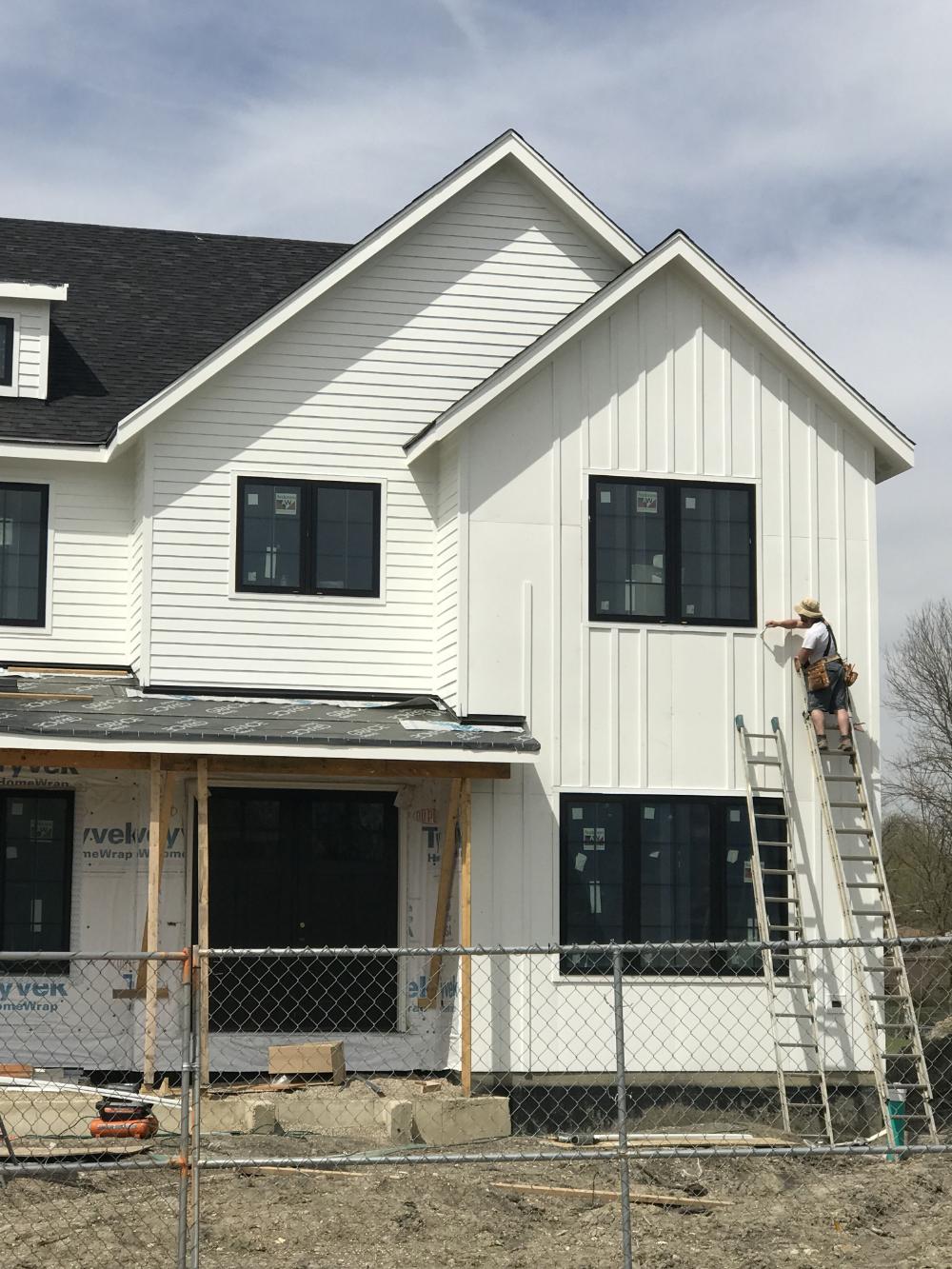 Board And Batten And Lap Siding Google Search In 2020 Modern Farmhouse Exterior Farmhouse Exterior Exterior Siding