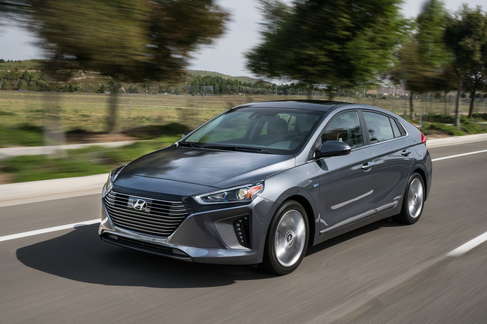 2020 Hyundai Ioniq Hybrid Review Release Date And Concept Gibridnyj Avtomobil Tojota Prius Avtomobil