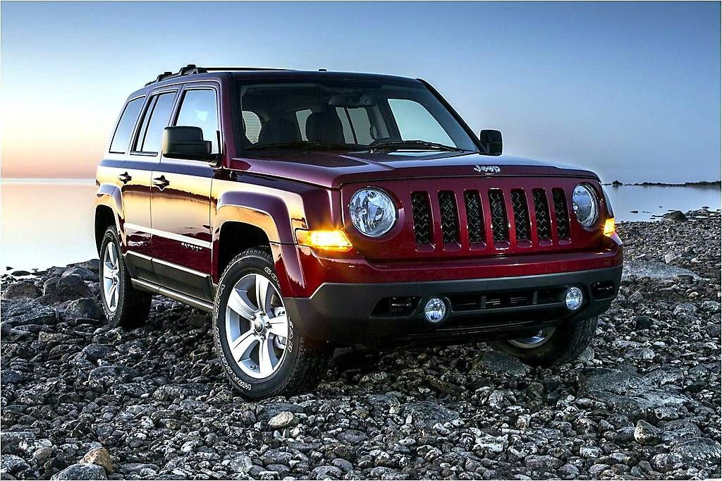 Jeep Compass and Jeep Patriot are to join in one crossover model