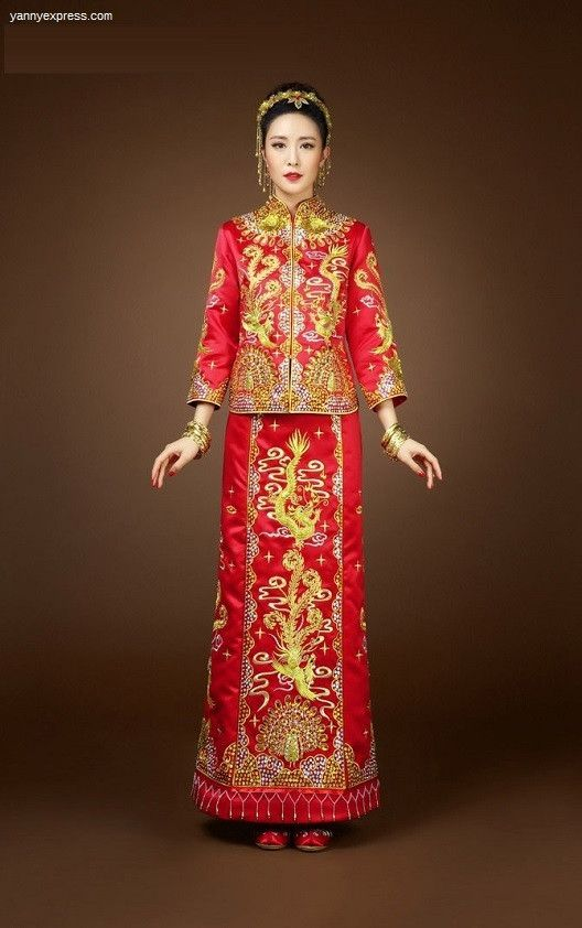 10a12ee86 Chinese Wedding Qun Kwa Embroider Dragon & Phoenix Gown | Wedding ...