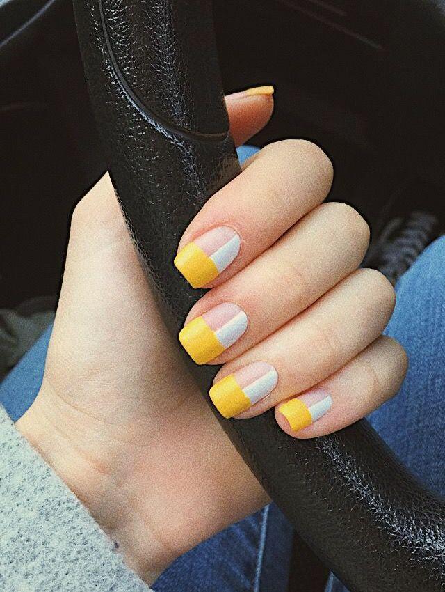 Yellow And White Geometric Nail Art Nailart Nails Art Yellow White Matte Geometric Minimalism Geometric Nail Yellow Nails Design Geometric Nail Art