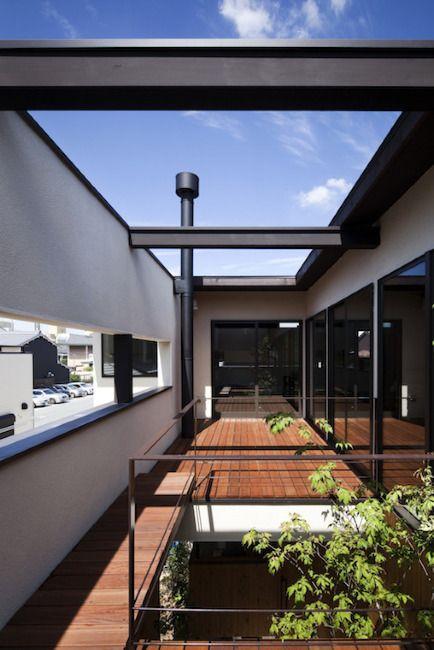 三条町の家 バルコニー 2020 バルコニーのアイデア バルコニー 家