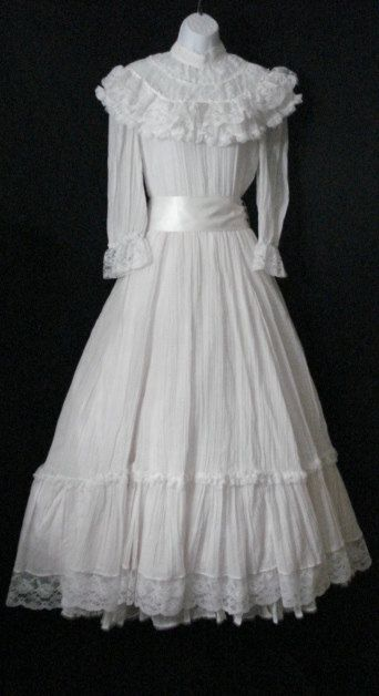white cotton gauze victorian lace long full vintage gunne