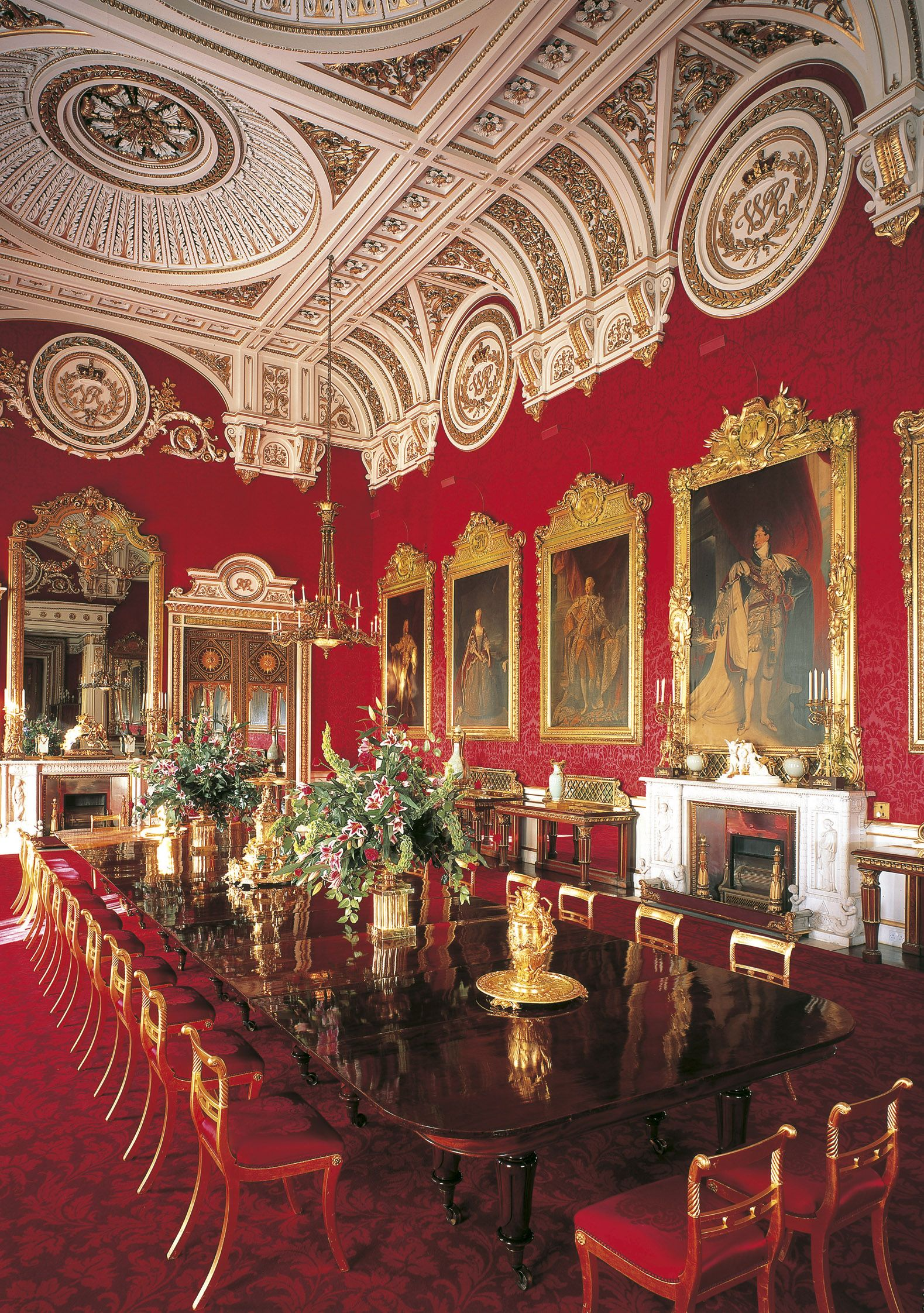 Royal Interior of The State Dining Room at Buckingham Palace - is the official London residence and principal workplace of the British monarch, located in the City of Westminster