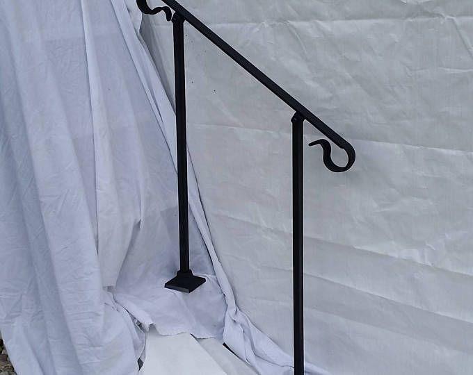 Best 3 Three Foot Stair Railing Handrail Ornamental Crown 400 x 300