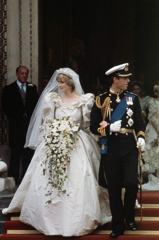 Mariages de stars : découvrez les robes de