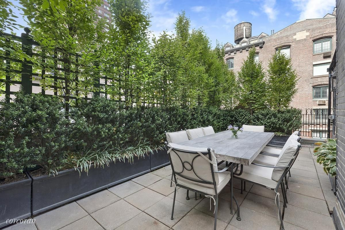 Rent Jon Hamm's Upper West Side penthouse for 15,000