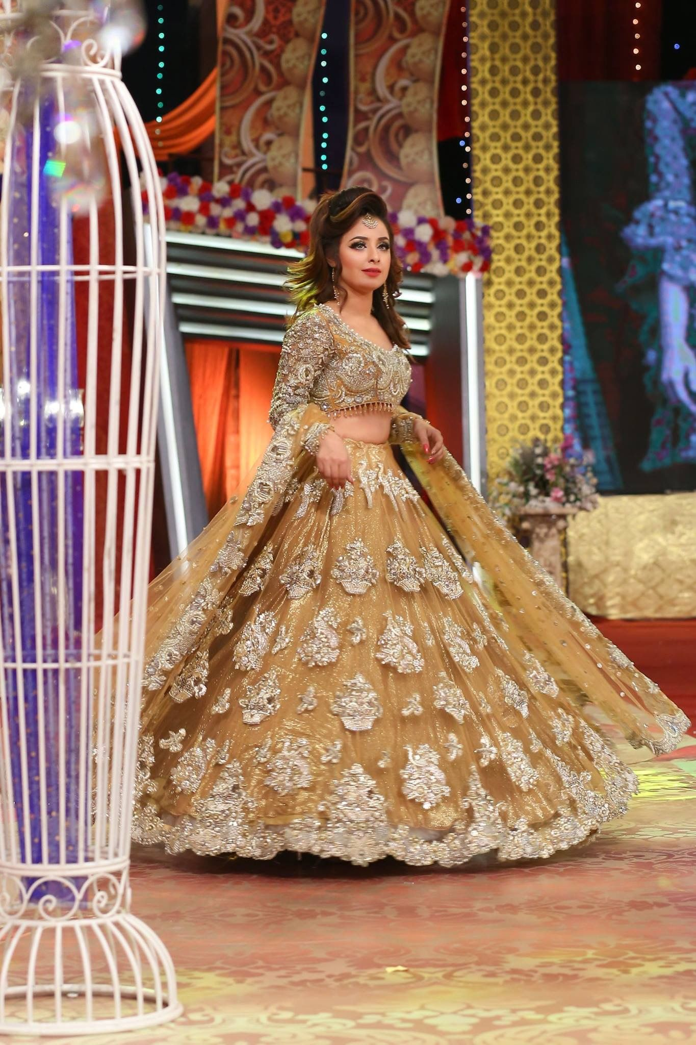 32bd3be4c1 Mizz Noor is able to produce a wide selection of #Indian #Pakistani #wedding  #engagement #dresses Tailor made to your measurements to give that stunning  ...