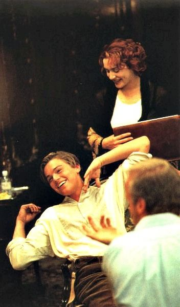 Leonardo Dicaprio And Kate Winslet Filming The Drawing Scene Behind The Scenes Of Titanic 1997