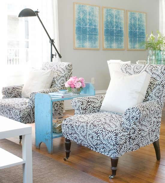 I love the soft gray walls with the pops of pretty colors!